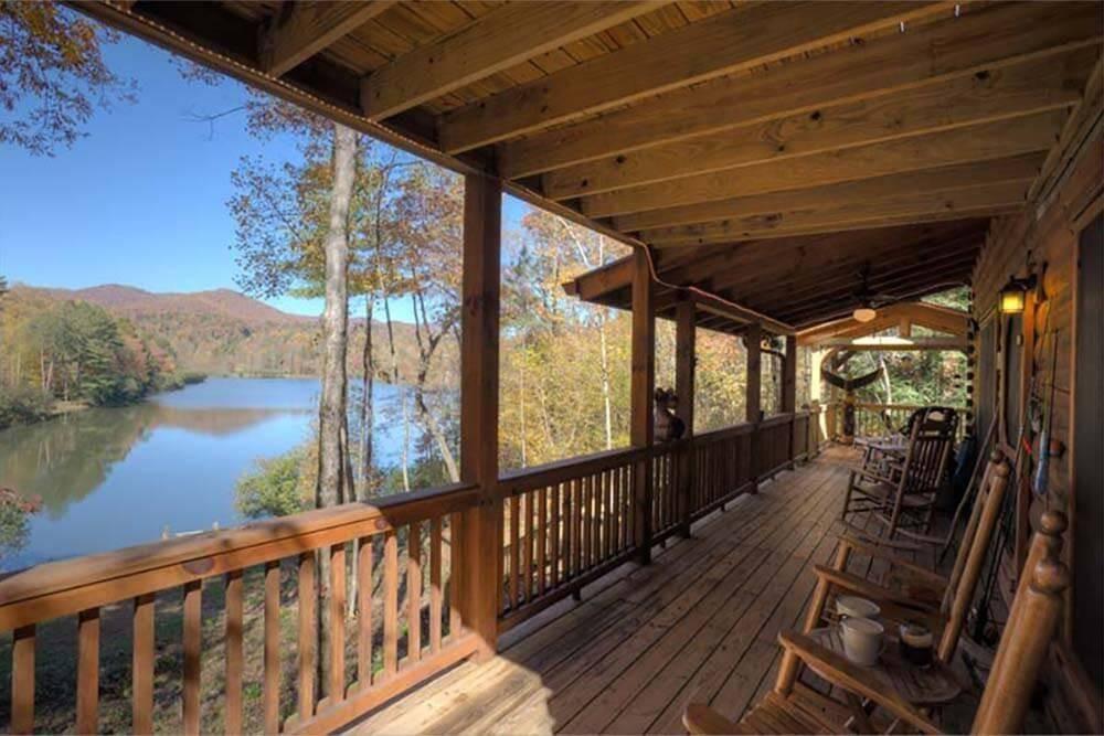 Georgia Cabins - Lakeview Escape - Ellijay GA Cabin Rental   Morning