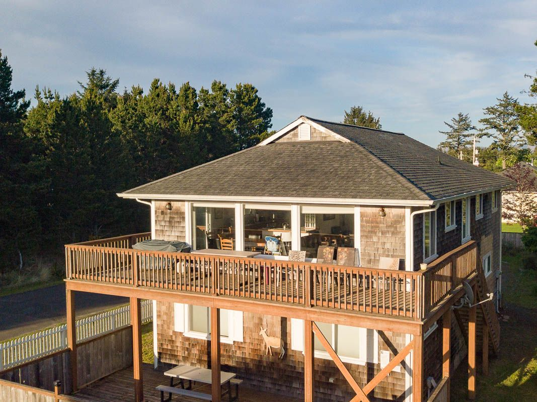 45th Place Beach House | Bloomer Estates Vacation Rentals