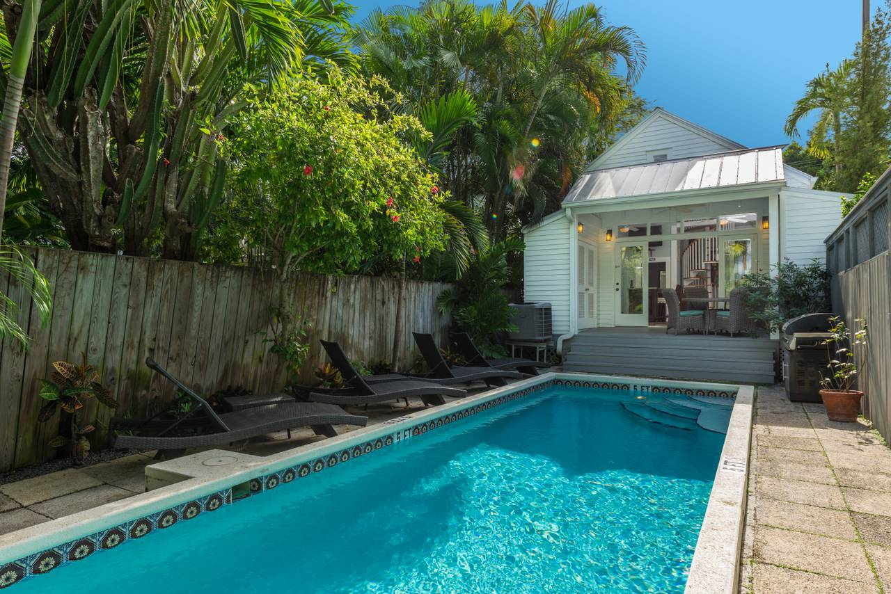 Awe Inspiring Nightly Rentals Best Of Key West Rentals Interior Design Ideas Gentotryabchikinfo