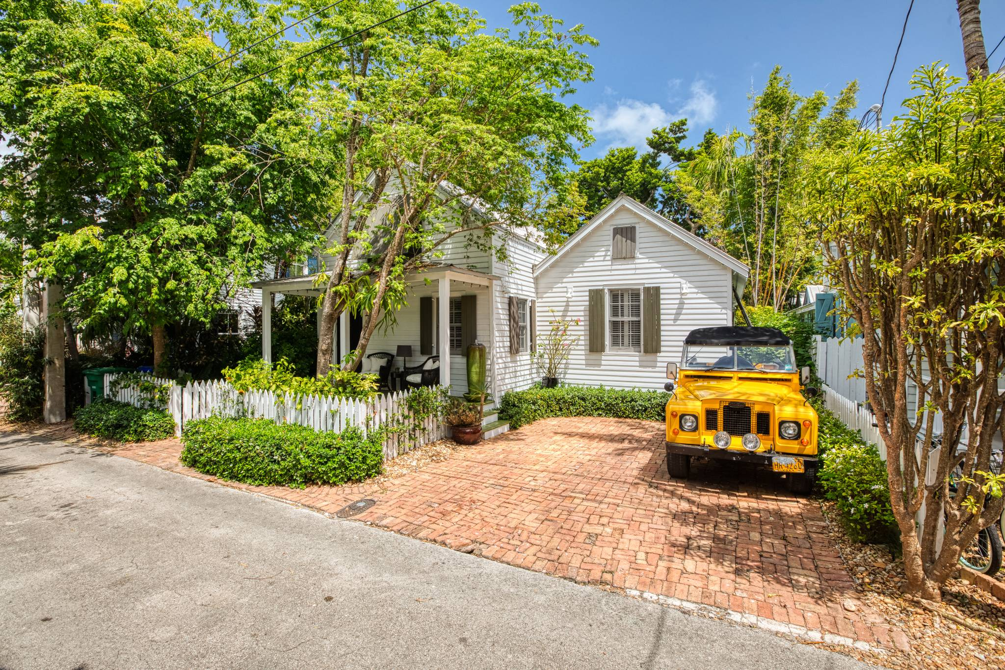 Remarkable Pura Vida Serene Best Of Key West Rentals Interior Design Ideas Clesiryabchikinfo