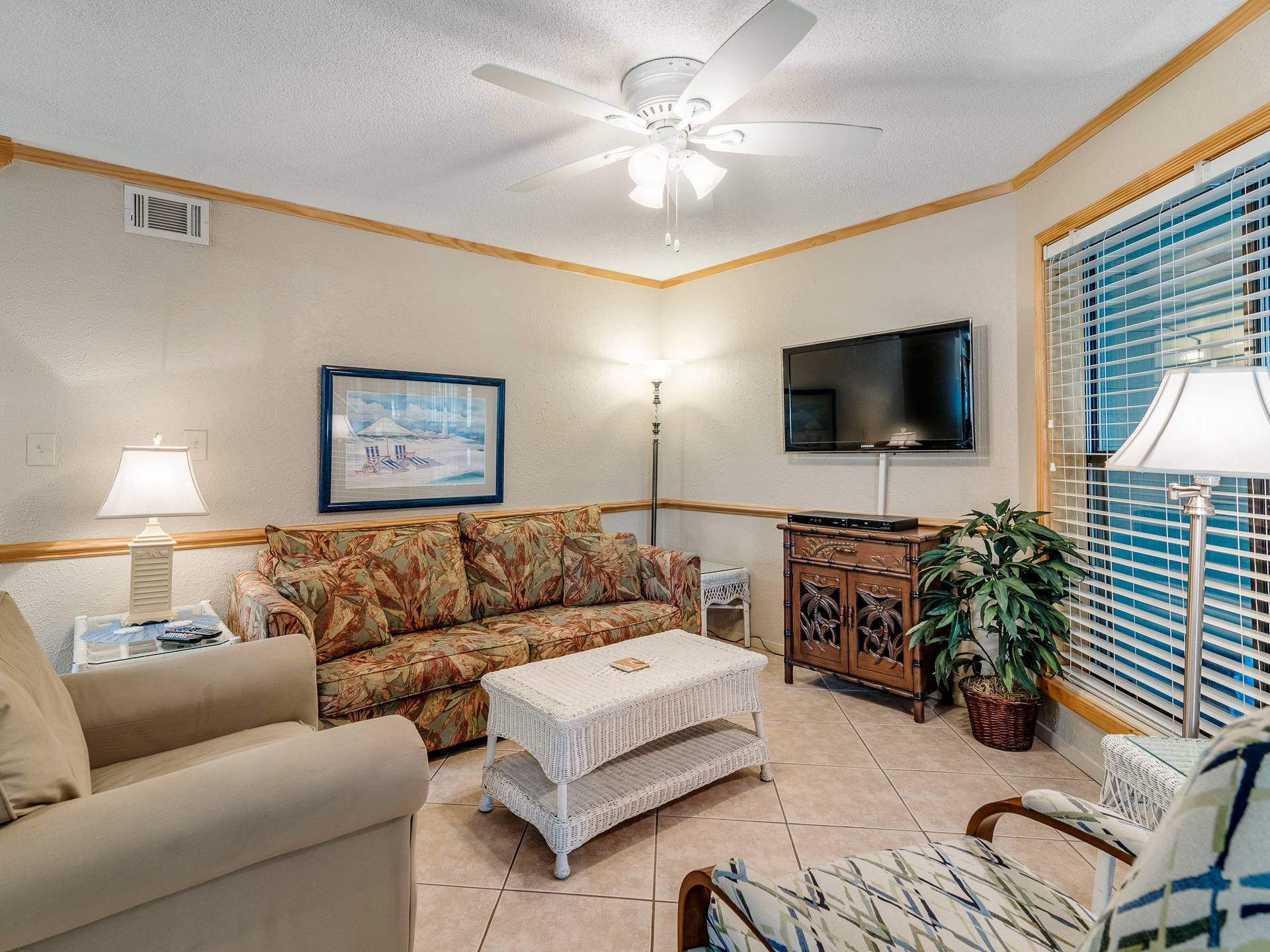 Sandpiper 1A | Bender Vacation Rentals