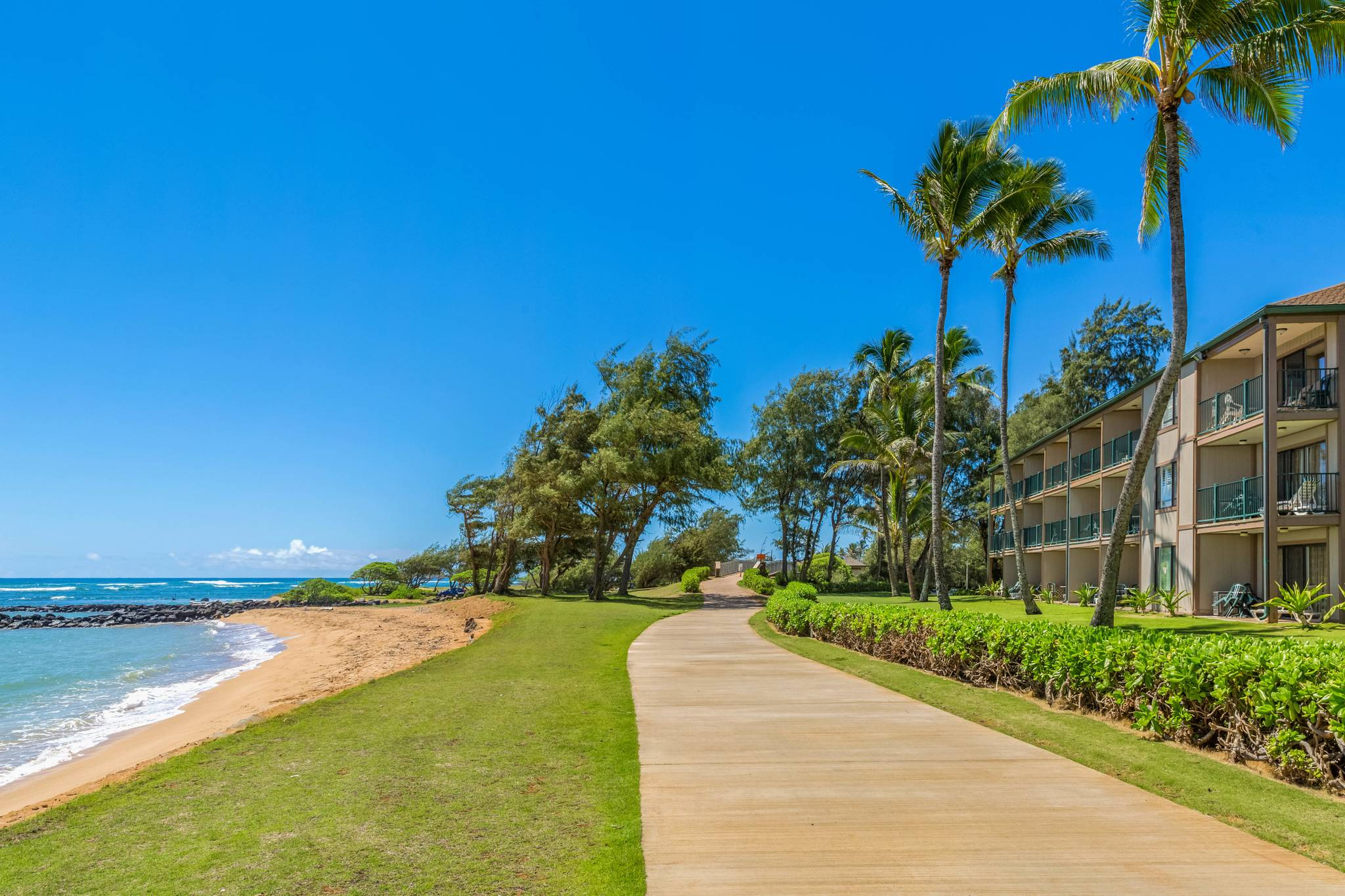Pono Kai Resort B 109 Oceanfront Ground Floor Garden Island