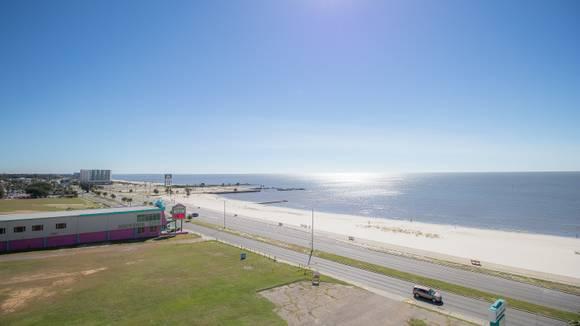 Biloxi Beach Rentals Vacation In Biloxi
