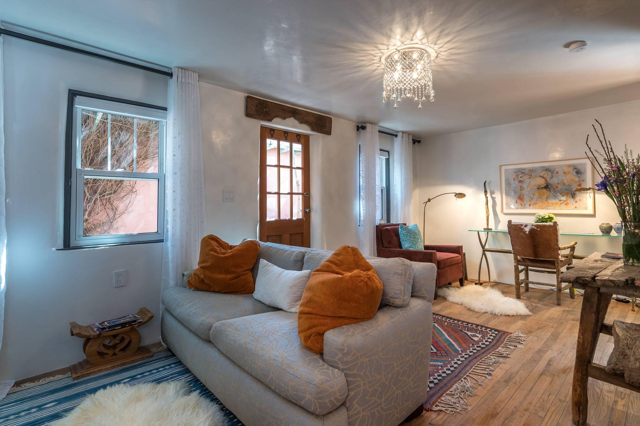 Phenomenal Casita Ortega Santa Fe Rental Santa Fe Luxury Rental Dailytribune Chair Design For Home Dailytribuneorg